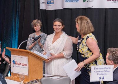 Donna Kraus Maryse present scholarship